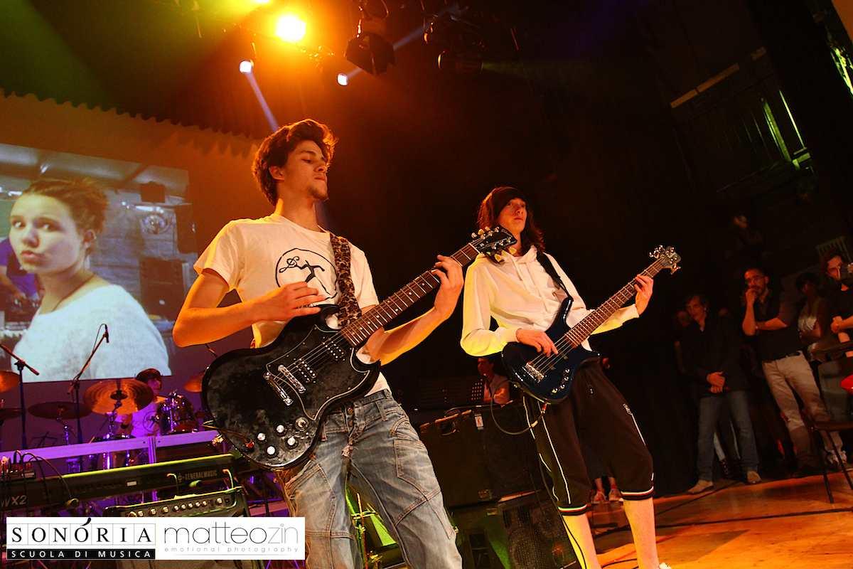 brand_revolution_on-stage-13-48