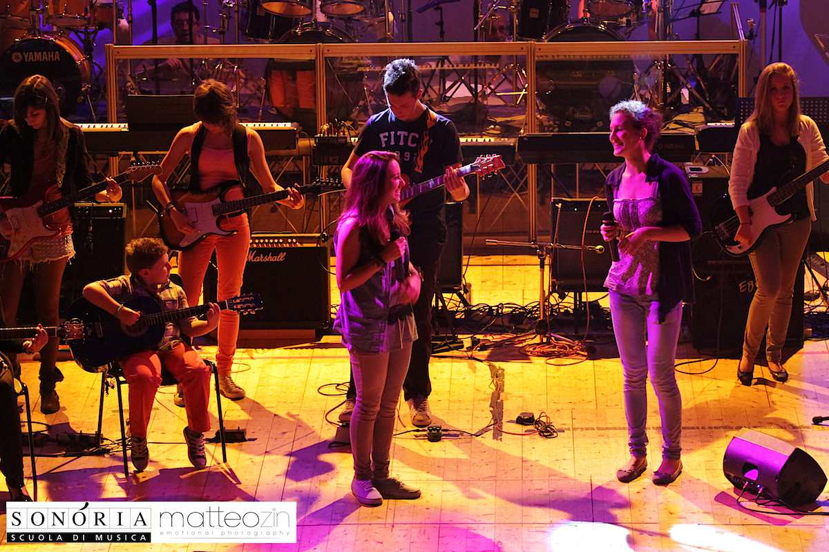 just_give_me_a_reason_on-stage-13-50